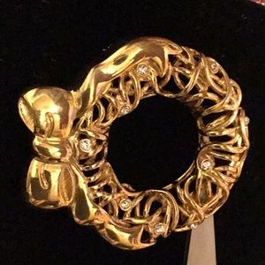 Monet High Quality Holiday Broach Timeless Classic